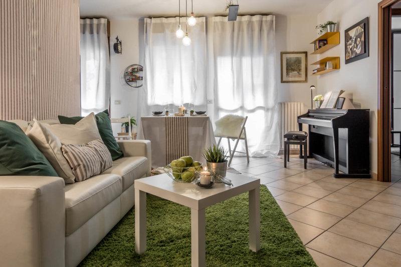 Carta Bianca progetto home staging appartamento in technicolor foto 2