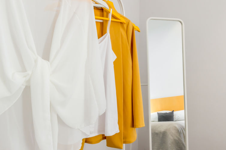 Yellow is the new black – Home Staging in un Appartamento vuoto a Parma