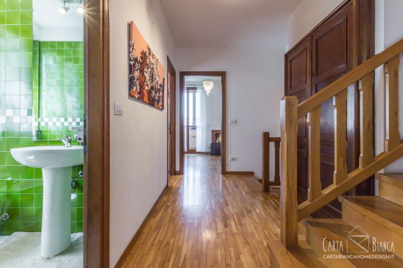 home staging parma villa giardino camera